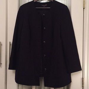 Classic cut Laura Plus collarless jacket - Sz 18